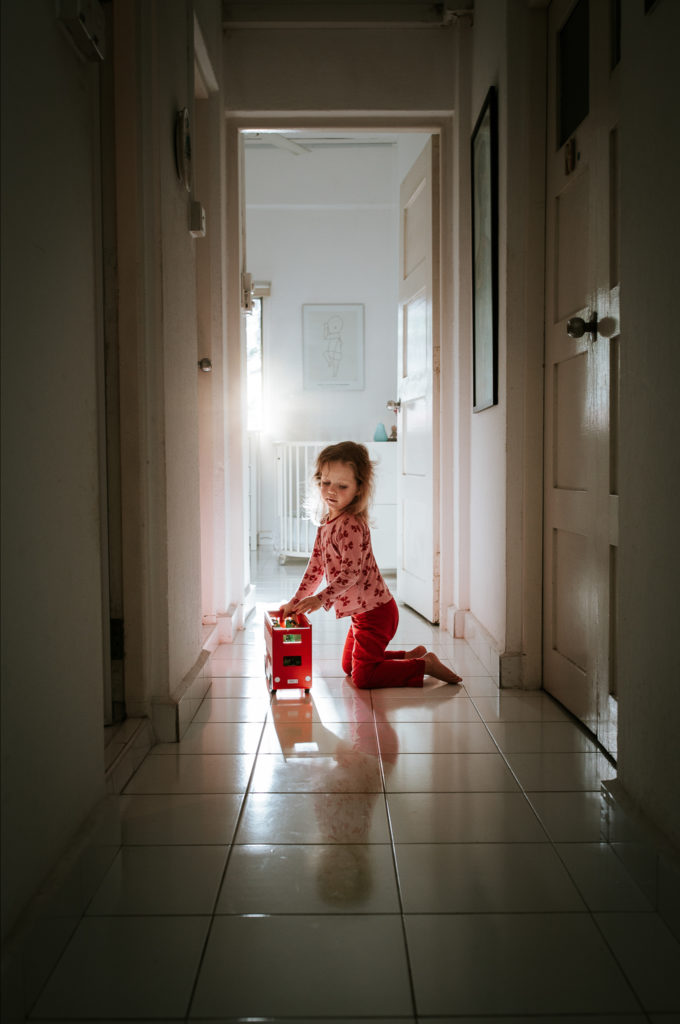 indoor family lifestyle photography Basel, Lina Meisen Photography, Switzerland